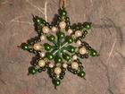 7 cm Perlenstern, Standard in Grün, weiß und iris SAC203071607