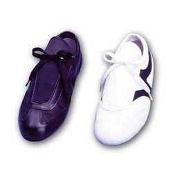 Schuhe aus Nylon